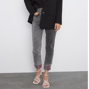 Zara Z1975 Mom Fit High Waisted Jeans Size 6